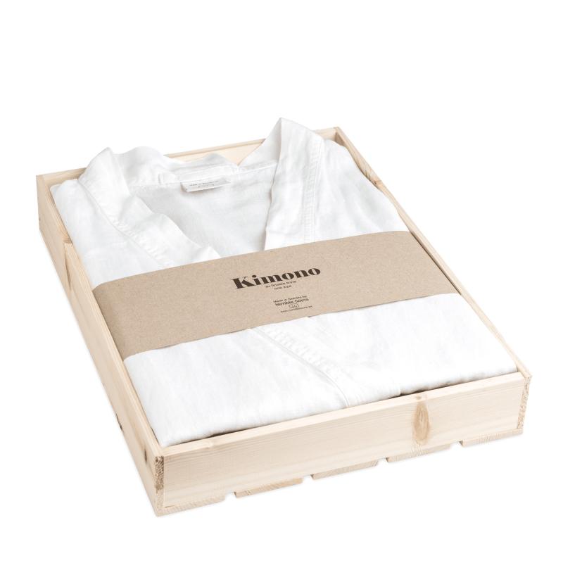 White kimono in box 2