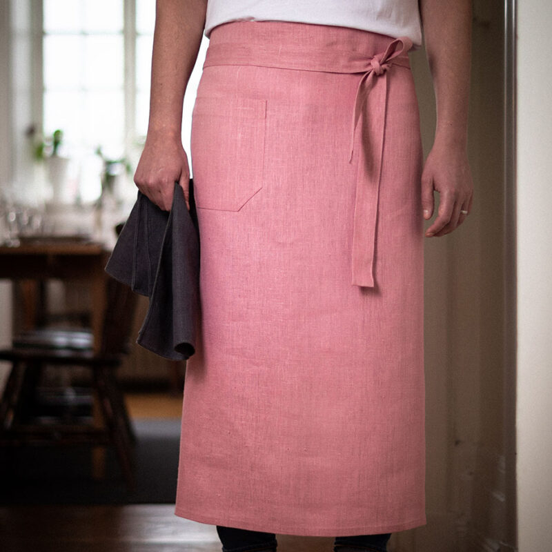 Pink bistro apron in linen